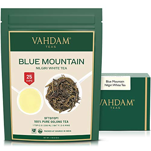 Exóticas hojas de té blancas de...